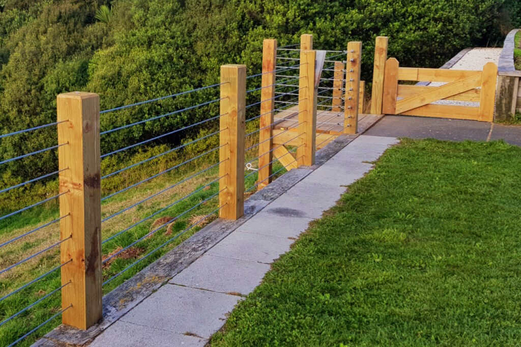 Fencing Taupo and Kinloch